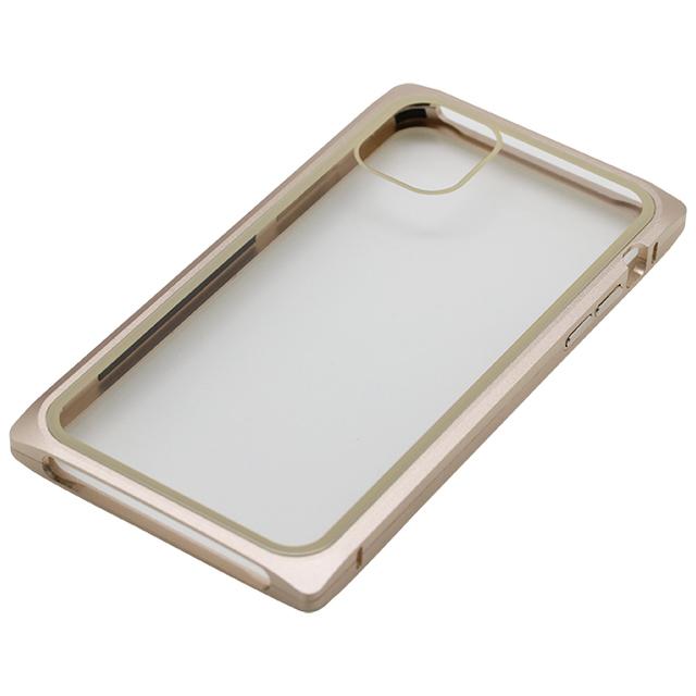 iPhone 11 用マグネットアルミバンパーケース